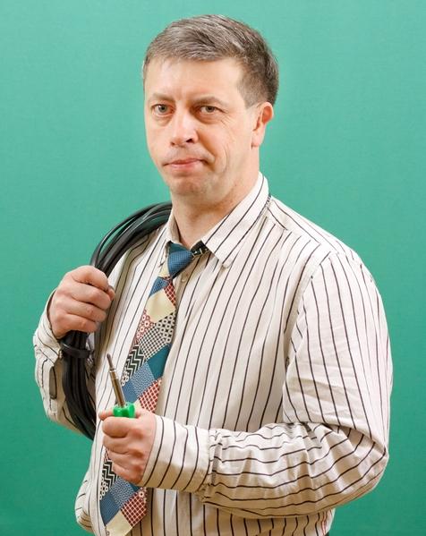 Бизнес-консультант, инженер-электрик Екимов Игорь
